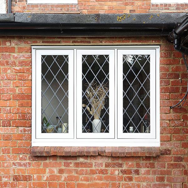 Vevo Leaded Window