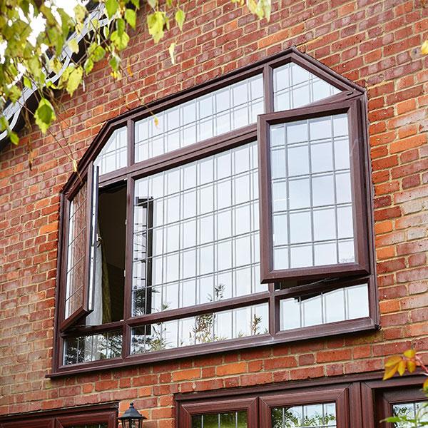 Vevo Shaped Window